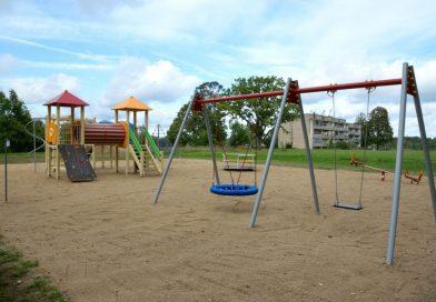 """Daugavpils novada dome ir īstenojusi projektu """"Bērnu rotaļu laukumu izveidošana Daugavpils novada Ambeļu, Kalkūnes, Sventes, Tabores un Lauceses pagastos"""""""